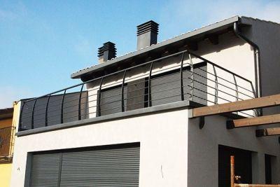 Barandilla para terraza de vivienda unifamiliar